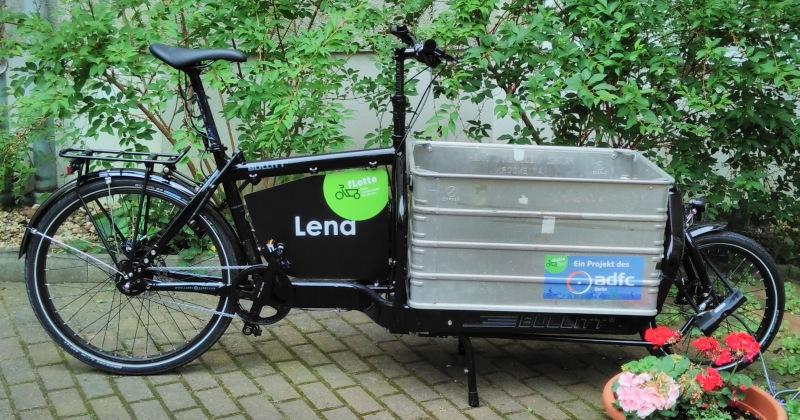 Lena zieht nach Tempelhof